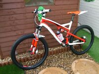 specialized camber large frame full suspenshion mountain bike in fantastic condition (see pics)