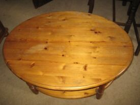 Pine oval coffee table