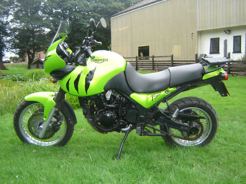 Triumph Tiger 955i, Top Box, MOT Aug 2019, px-Paramotor set up   | in  Southport, Merseyside | Gumtree