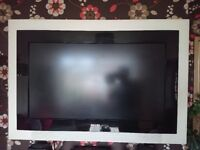 Philips 42' LCD TV with full ambilight surround