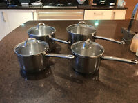 Set of 4 Stainless Steel Saucepans With Glass Lids