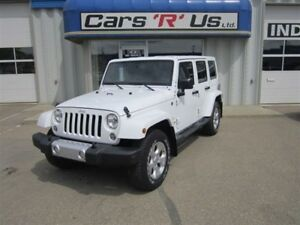 2014 Jeep Wrangler UNLIMITED SAHARA AUTO LEATHER ONLY 30K!
