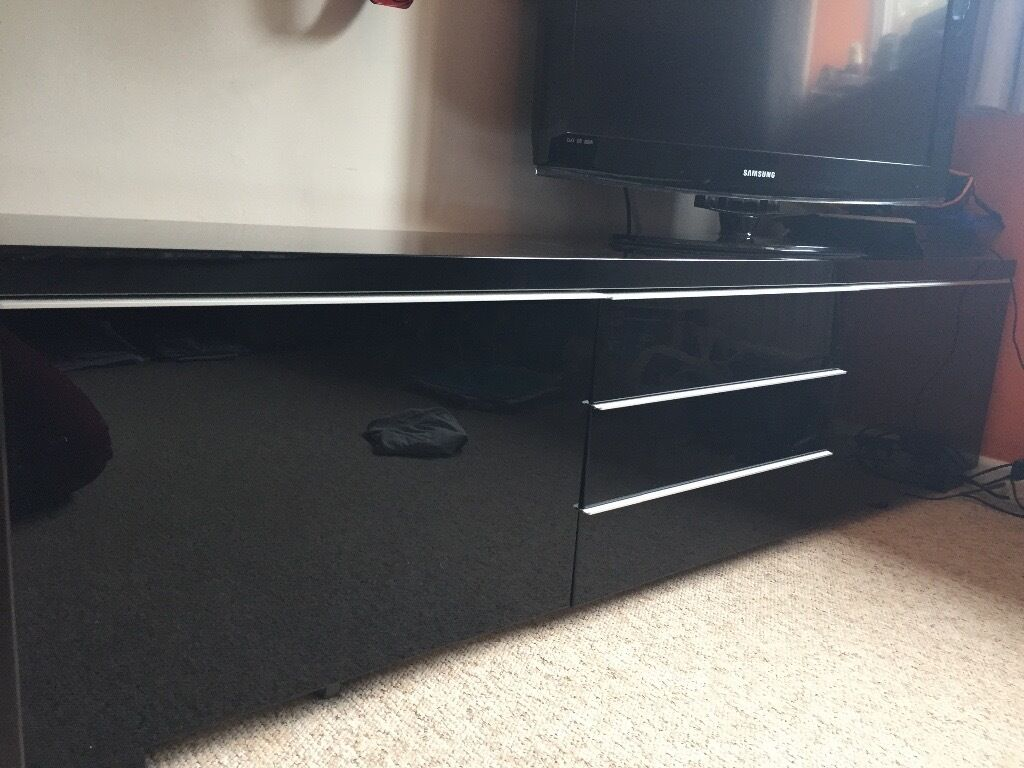 black high gloss tv console unit stand from ikea in kidlington oxfordshire gumtree. Black Bedroom Furniture Sets. Home Design Ideas