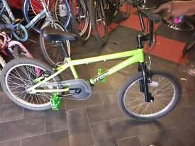 Green BMX trax