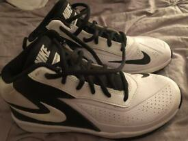 Nike team hustle d7 as new size 2 Unisex Nike trainers as new out grown size 2