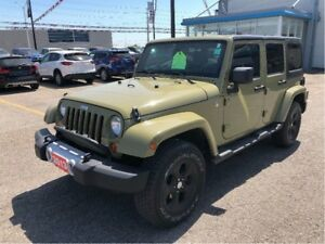 2013 Jeep WRANGLER UNLIMITED Sahara, ONE OWNER, NO ACCIDENTS.