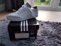 ADIDAS ADICROSS V SPIKELESS GOLF STREET SHOES Size 7 UK EU41 White