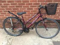 """Ladies 18"""" CX10 hybrid bike bicycle. Free delivery"""