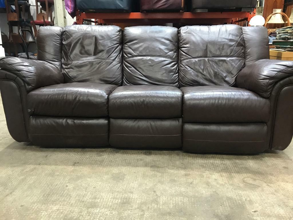 Brown Leather Recliner Sofa In Paisley Renfrewshire
