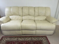 Ivory/Beige leather effect 3+2 recliner sofa set for sale in excellent condition