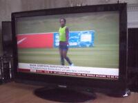 Toshiba Regza TV LCD television, 3 HDMI, 2 Scart sockets, VGA etc