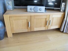 Large Pale Oak TV cabinet in excellent condition