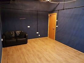 Permanent rehearsal room to rent