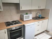 A ONE BEDROOM GROUND FLR APARTMENT WITH OPEN PLAN KITCHEN CLOSE TO HOUNSLOW CENTRAL STATION