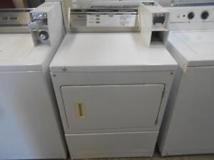 COIN OPERATED DRYER / SECHEUSE PAYANTE