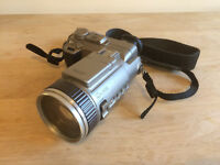 Sony DSC F707 digital camera