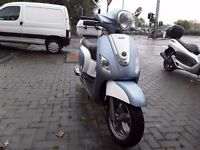 Sym Fiddle 125cc scooter. 2 Mths old **SAVE £500**