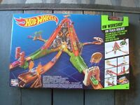 Hot Wheels Trackmaster Volcano Blast, with toy car