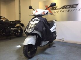 Yamaha Cygnus X 125cc Automatic Scooter, Tucano Leg Cover, Good Condition, Part ex to Clear