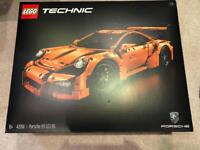 Lego technic Porsche 911 gt3 rs 42056 brand new