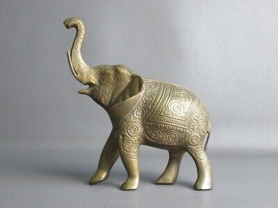 India Vintage Statue Elephant with Decoration Floral Engraved Period Xx Century