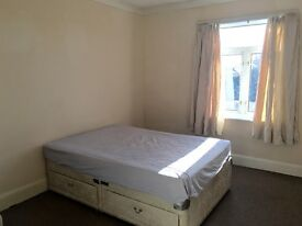 Double Room to Let for £360 per month