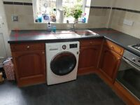Kitchen Units and Appliances for sale £100
