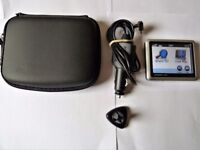 """Garmin Nuvi 1240 Sat Nav Gps 3.5 """" Touchscreen. In Excellent Condition and Working Order."""