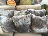 6x Fux fur Habitat cushions duck feather filled