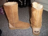 UGG BOOTS BROWN SIZE 5
