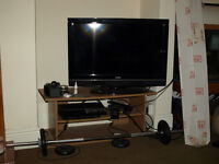 "Goodmans 32"" flatscreen TV HD Ready 720p"