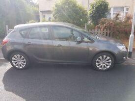 Vauxhall Astra 2010 Exclusiv, 1.4i petrol, 5 door hatchback, Metallic Grey