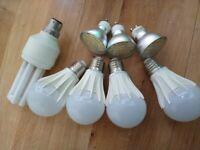 Bundles of 4x E27 + 3x G9 LED bulbs with 4 converters+ NEW 9x Halogen Bulbs