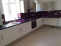 *BILLS INCLUDED* Large Double Room Available In a Fully Refurbished Property