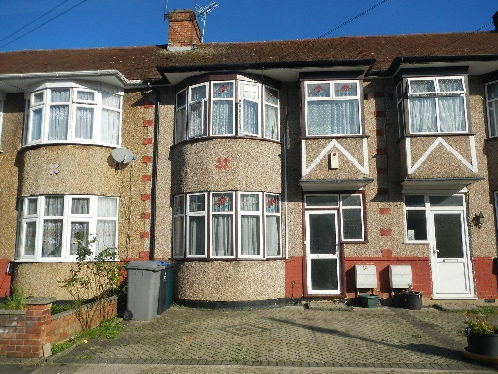 1/2 bed flat in Sudbury area including all bills and council tax
