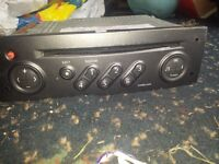 Renault genuine cd player with code