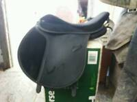 Thorowgood T4 Cob saddle with fish insert system