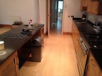 Lovely 2 bed 2 bath garden flat between Belsize Park and Hampstead. Swiss Cottage also close by