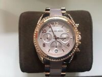 BRAND NEW WOMENS TWO TONE ROSE GOLD MICHAEL KORS WATCH