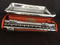 Vintage retro metal scales by foreign royal, a tower product, vgc for scales of this age , 1940/50