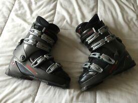 Nordica F5.2 Ski Boots (Men's UK Size 8.5/9 or Mondopoint 275)