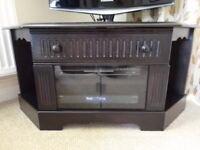 Solid wood TV corner unit in excellent condition