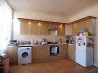 Large and bright 2 double bed flat moments to Crouch End Broadway and close to Hornsey Station