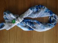 Ladies oriental floral print scarf, new with tag £3.99
