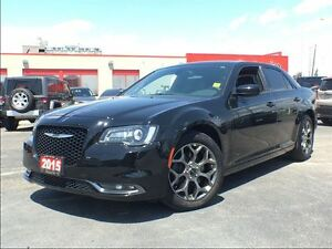 2015 Chrysler 300 S**AWD**LEATHER**SUNROOF**NAVIGATION**