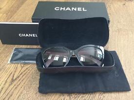 Chanel ladies sunglasses model 5288Q in near perfect condition