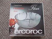 RETRO LARGE ARCOROC GLASS SALAD or TRIFLE DISH