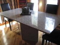 TABLE DE GRANITE
