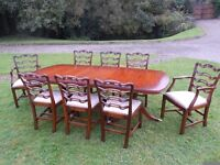 Dinning Room Table +8 Matching Chairs