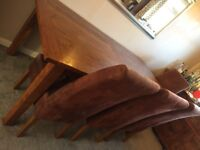 Dining table and 6 chairs (Ex Anderson's)